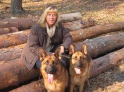 Katja mit Tara und Qyra April 2012