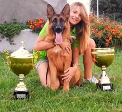 Martina Anastasi mit VV3 SAS Italia 2012 Marico vom Goldenen Strand (Paer-Blue-Iris Tochter)
